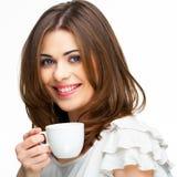Kvinna med den isolerade kaffekoppen Fotografering för Bildbyråer
