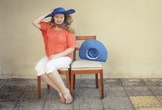 Kvinna med en hatt Royaltyfri Fotografi