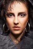 Kvinna med gotiskt smink royaltyfri foto