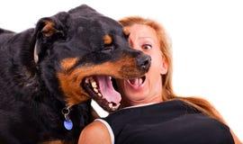 Kvinna med henne hund Royaltyfria Foton