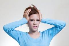 Kvinna med huvudvärk Royaltyfria Foton