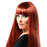 Kvinna med långt rött hår royaltyfria foton