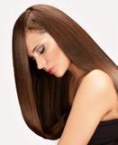 Kvinna med långt hår Arkivfoton