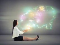 Kvinna med många-färgad magi arkivfoton