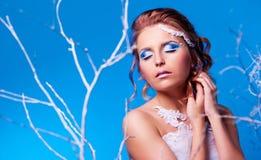 Kvinna med makeup Royaltyfri Bild