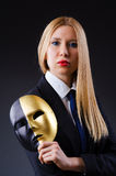 Kvinna med maskeringen Royaltyfri Bild