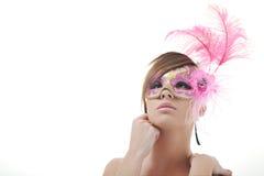 Kvinna med maskeringen som isoleras på white Royaltyfri Fotografi