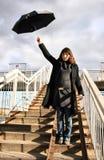 Kvinna med paraplyet Royaltyfria Bilder