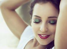Kvinna med skuggor för grönt öga Royaltyfria Bilder