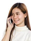Kvinna med smartphone Arkivfoton