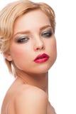 Kvinna med stilfull makeup royaltyfria bilder