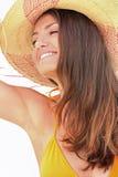 Kvinna med Straw Hat Arkivfoto