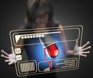 Kvinna och hologram med mikrofonen Arkivfoton