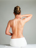 Kvinna på brunnsortsalongen Royaltyfria Bilder