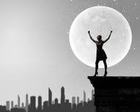 Kvinna på natten Fotografering för Bildbyråer