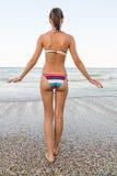 Kvinna på strand Royaltyfria Foton