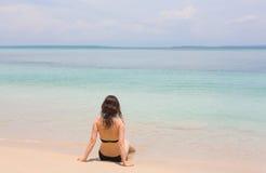 Kvinna på stranden, Panama Arkivfoton