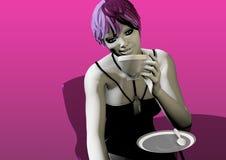 Kvinna som dricker kaffe eller te Arkivbild