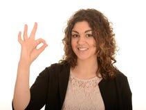 Kvinna som okay göra en gest Fotografering för Bildbyråer