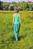 Kvinna utomhus Arkivfoton