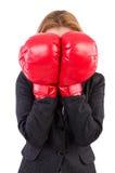 Kvinnaaffärskvinna med boxninghandskar Fotografering för Bildbyråer