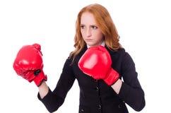 Kvinnaaffärskvinna med boxninghandskar Royaltyfri Foto