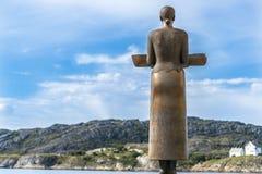 Kvinnabronsskulptur, Bodo Royaltyfria Bilder