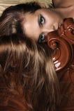 Kvinnacovering henne framsida Royaltyfria Foton