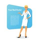Kvinnadoktor i den vita likformign Royaltyfri Foto