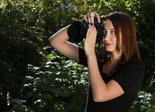 Kvinnafotograf Arkivfoton