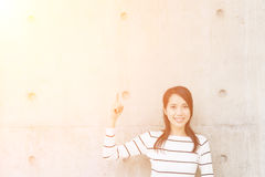 Kvinnagesthand fotografering för bildbyråer