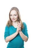Kvinnagnuggbildhänder royaltyfria bilder