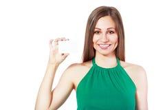 Kvinnahållkort arkivfoton
