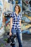 Kvinnajournalist Royaltyfria Bilder