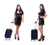 Kvinnaloppdeltagaren med resväskan på vit Royaltyfri Foto