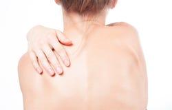 Kvinnan har halsen att smärta Nakenstudie knuffar flickan från baksidan Royaltyfri Bild