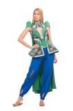 Kvinnan i orientaliska gröna kläder som isoleras på Royaltyfri Bild