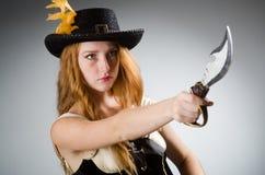 Kvinnan piratkopierar Royaltyfria Foton