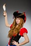 Kvinnan piratkopierar Arkivbild