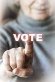 Kvinnan röstar Arkivfoton