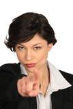 Kvinnan som hotar med henne, fingrar royaltyfri fotografi