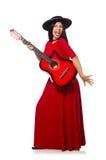 Kvinnan som spelar gitarren som isoleras på vit Fotografering för Bildbyråer