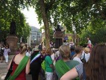 Kvinnarösträtt på 100 i London Arkivbilder