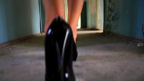 Kvinnas ben 2 lager videofilmer