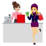 Kvinnashopping som betalar med kassa vektor illustrationer
