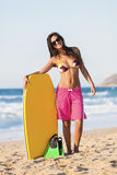 Kvinnlig bodyboarder Arkivfoto