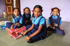 Kvinnlig edcation Indien för primär utbildning Arkivbilder
