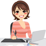 Kvinnlig grafisk formgivare stock illustrationer