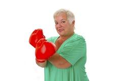 Kvinnlig hög boxning Arkivfoto