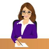 Kvinnlig operatör för telefon för kundservice vektor illustrationer